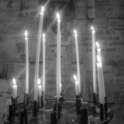 candles-426459_1280